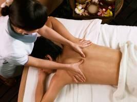 Hướng dẫn cách massage lưng tại nhà đơn giản mà lại hiệu quả nhất