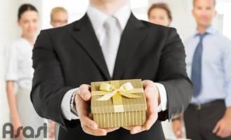 Nên tặng sếp món quà gì thật ý nghĩa mà lại không kém sang