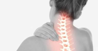 Trị đau mỏi vai gáy bằng massage bấm huyệt